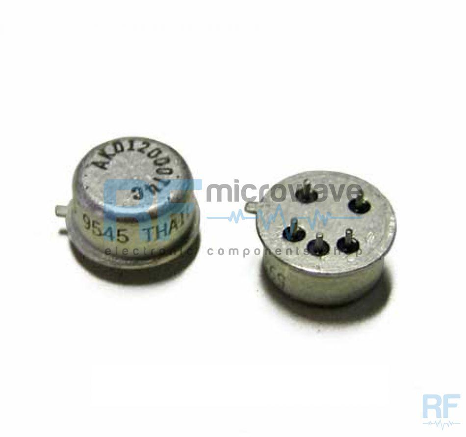 MMIC downconverter, metallic package